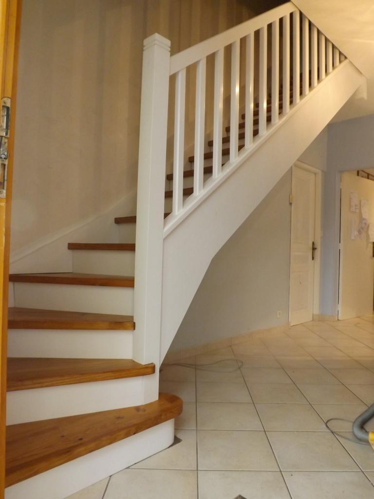 Escalier bi-couleur en pin Absolu Bois