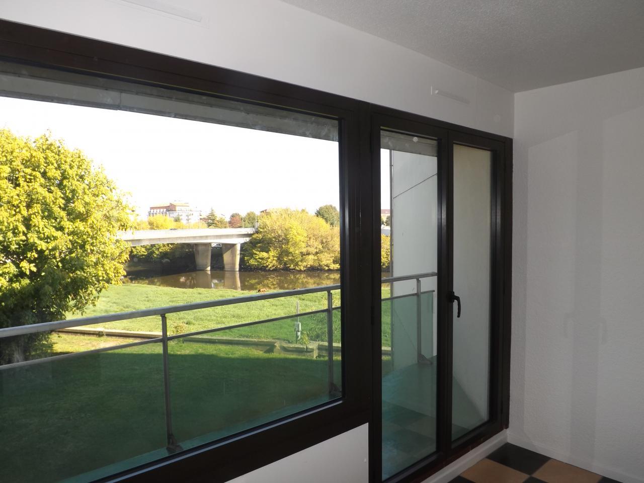 Baie Fixe + porte fenêtre en ALU marron foncé