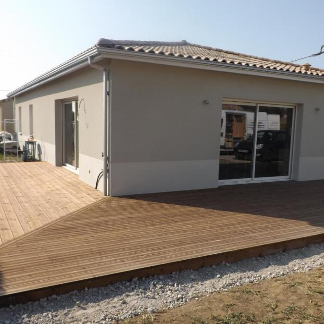 Terrasse en pin traité brun sur Cénac (Gironde)