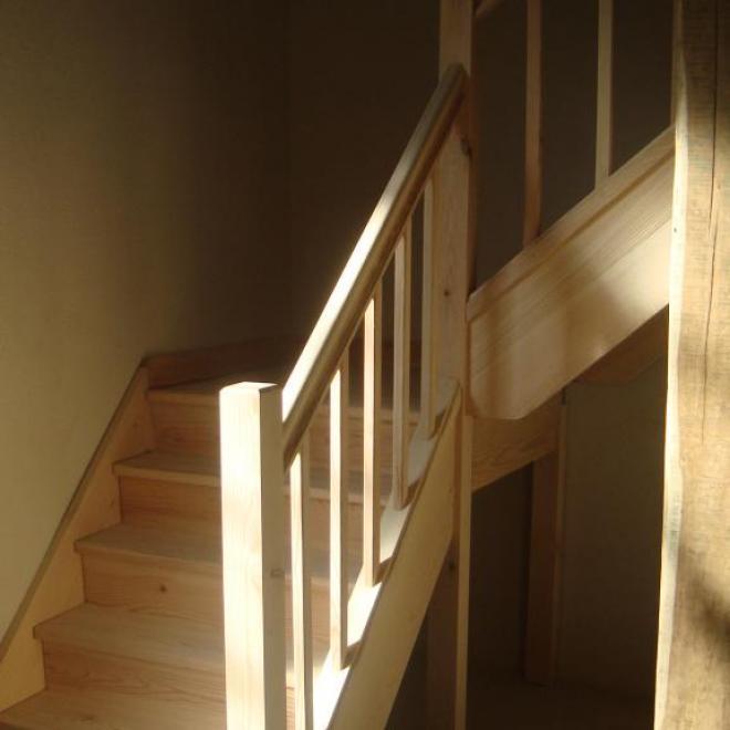 escalier de grange sur Sorde L'abbaye