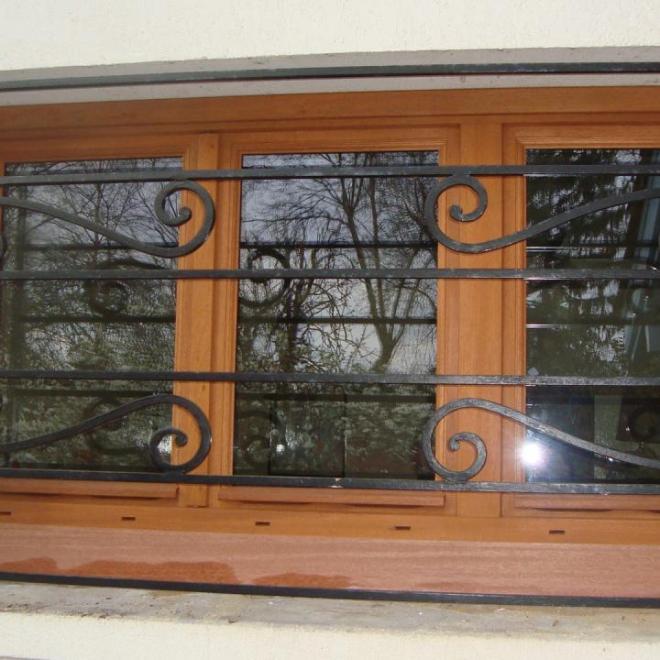 fenêtre en bois exotique en chassis rénovation