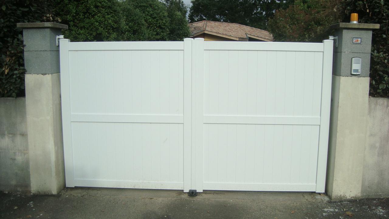 Portails bois, PVC aluminium