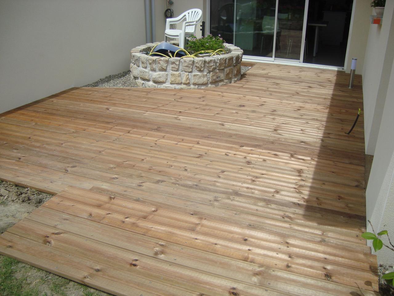 Terrasse en pin brun sur St Sever