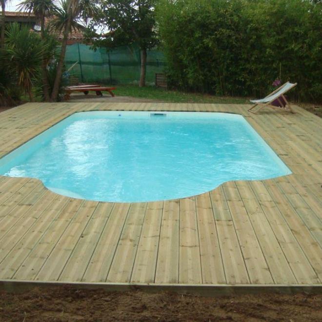 Terrasse piscine en pin traité ST PANDELON