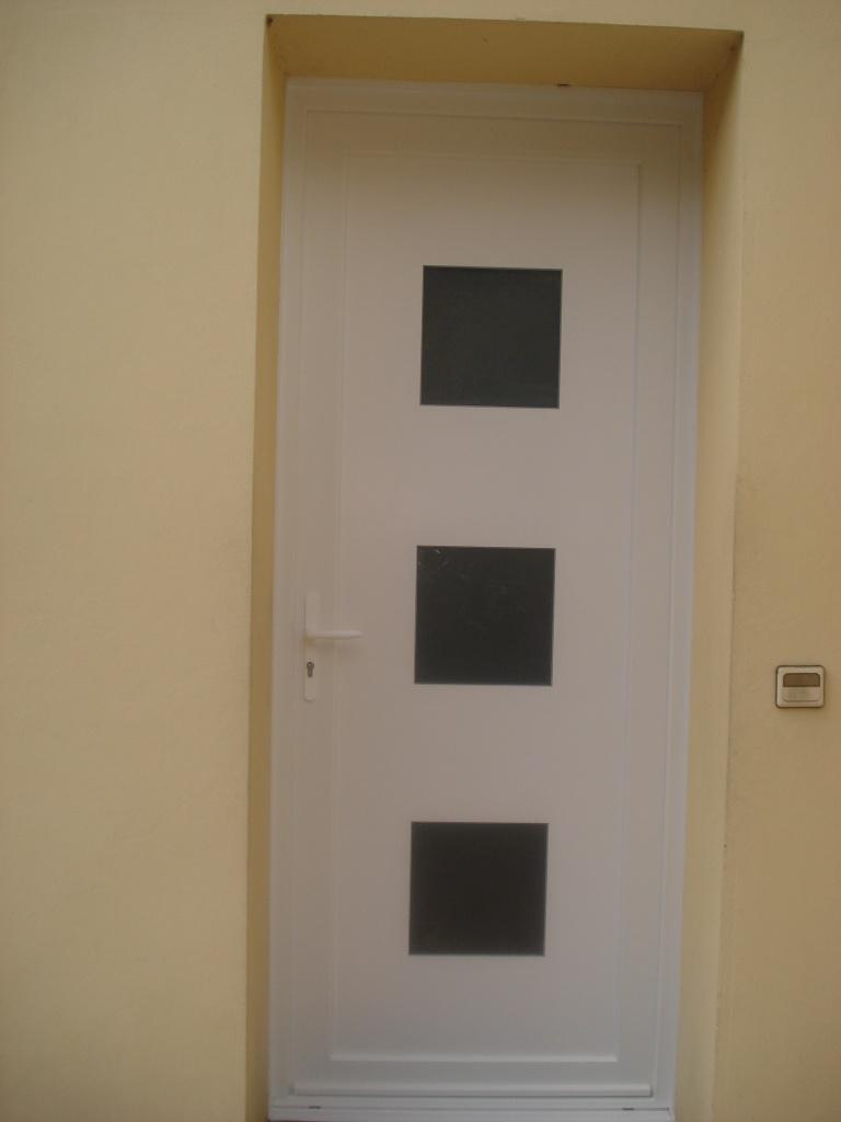 Porte d'entrée pvc sur DAX