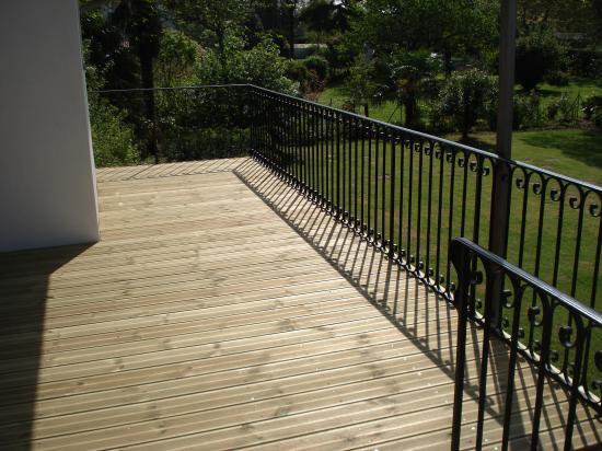 Terrasse pin Peyrehorade