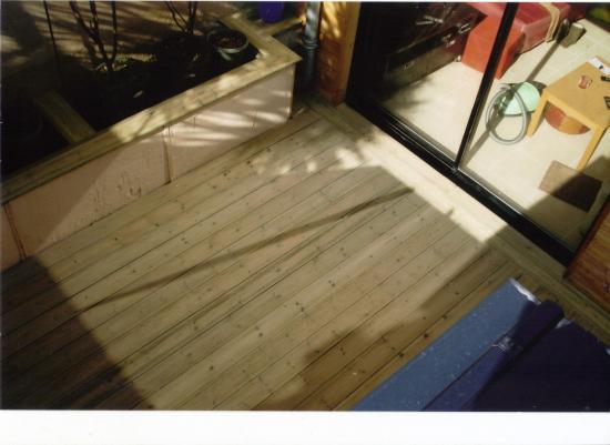 Terrasse en pin traité