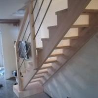 Escalier droit en hêtre sur DAX