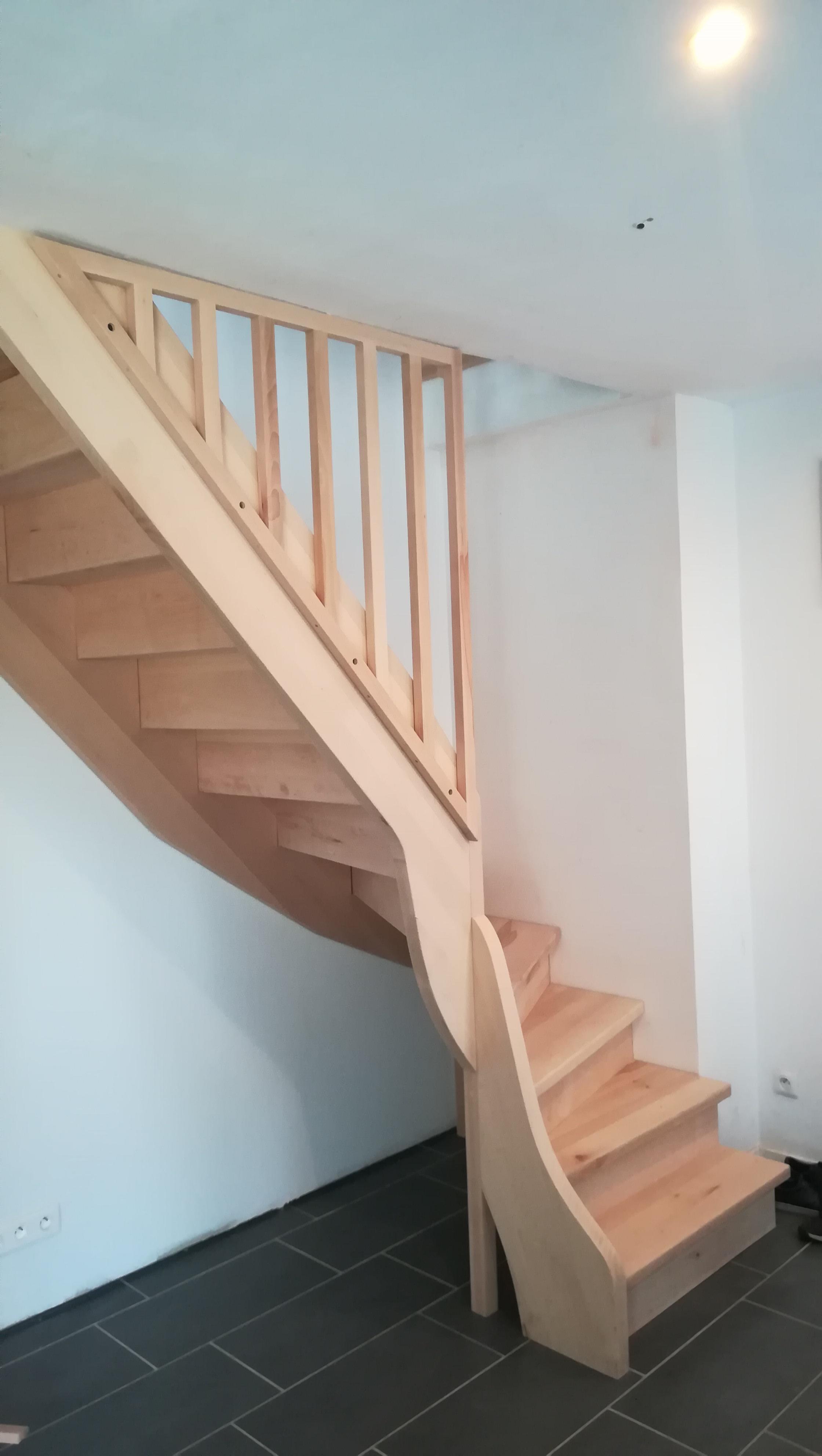 Escalier quart tournant en hêtre par Absolu bois