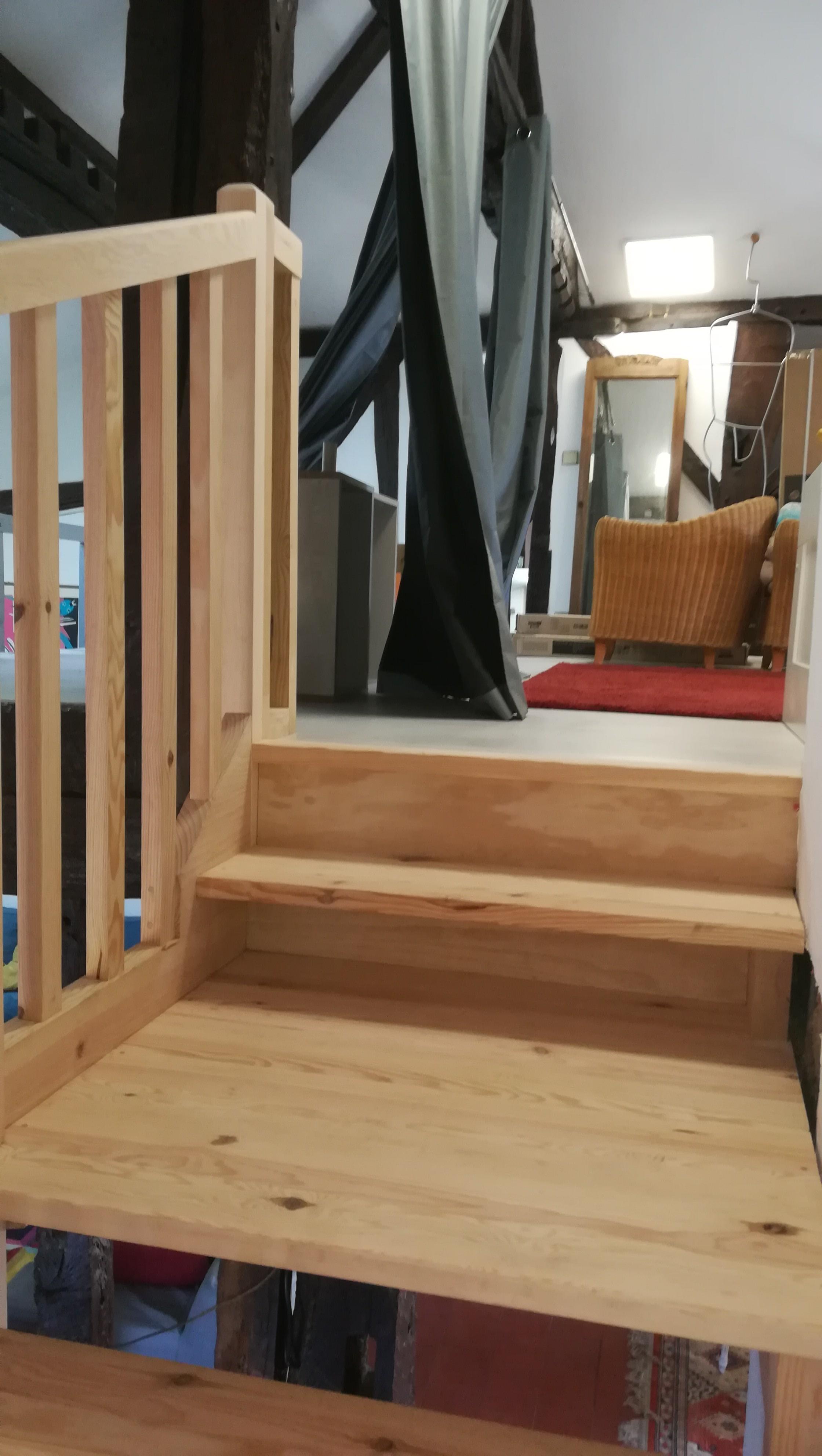 Escalier pin à double palier St Paul Les Dax - Absolu Bois Menuiserie