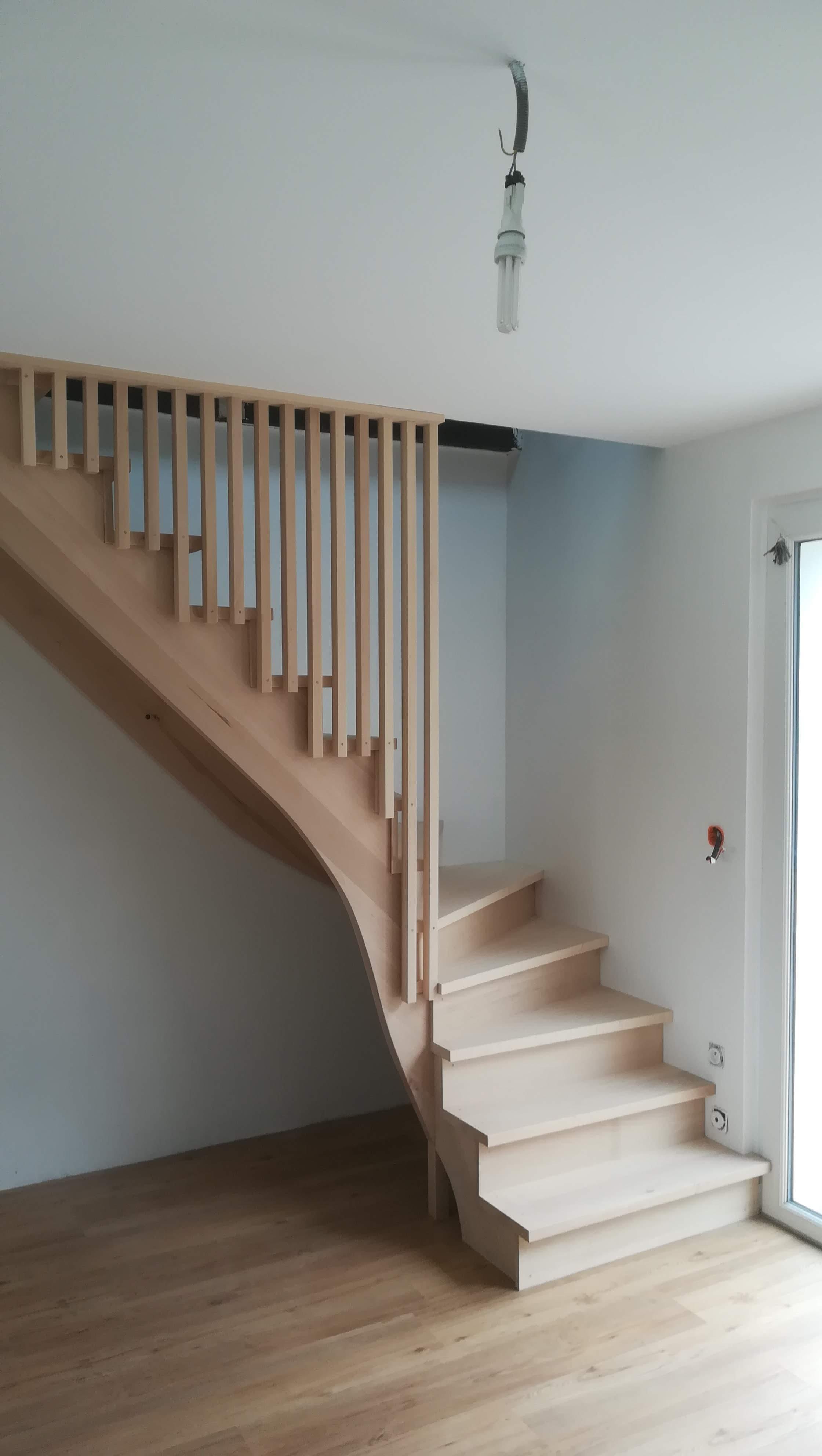 Escalier hêtre 1/4 tournant sur Linxe - Absolu Bois Menuiserie