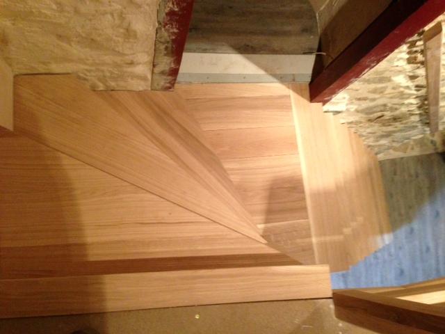 Escalier bibliothèque en chêne Absolu Bois